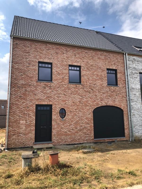 Foto Werf in opbouw te Stabroek/Hoevenen